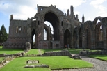 Save 50%: Da Vinci Code and Scottish Borders Small Group Day Trip from Edinburgh.
