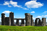 Save 20% Off Viator Exclusive: Early Access to Stonehenge with an Astronomer Guide