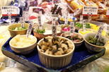 Save 10%! Small-Group Nishiki Market: The Heart of Kyoto Cuisine