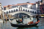 Save 10%! Private Arrival Transfer: Venice Airport to Hotel with Car and Water Taxi