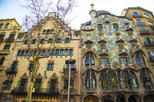 Save 15%! Barcelona Modernist Houses and Gaudi Private Walking Tour
